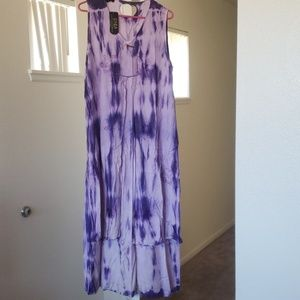Purple maxi dress Size Large New With Tags